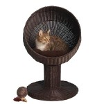 Rattan Cat Bed: Round Chamber Above the Ground